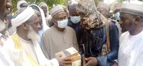 Gumi tells FG to give Bandits contract to guide forests and farmlands