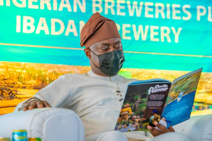Seyi Makinde Increases Corpers' Allowance From ₦5000 To ₦15000 In Oyo State