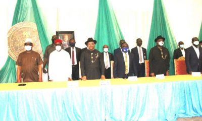 """South-South Leaders Berate Buhari Over """"Dot In A Circle"""" Statement"""