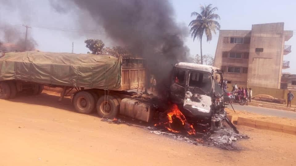 Dangote Truck Set Ablaze For Crushing Okada Rider, Passenger To Death In Ogun State.