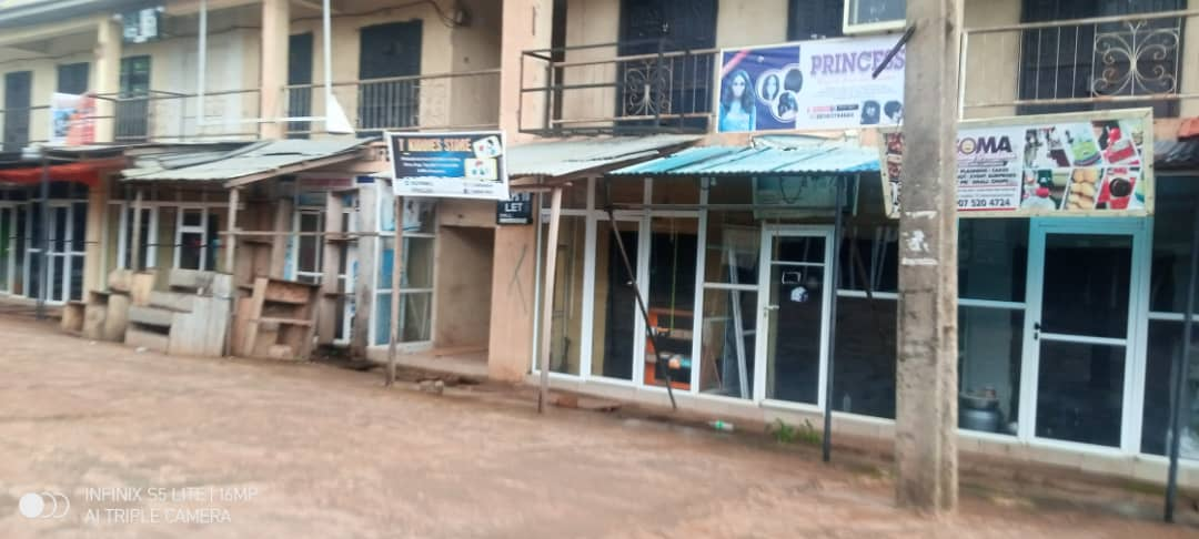 Sit at Home: Anambra Residents, Traders, Banks ignore Obiano Directive,Remain Indoor