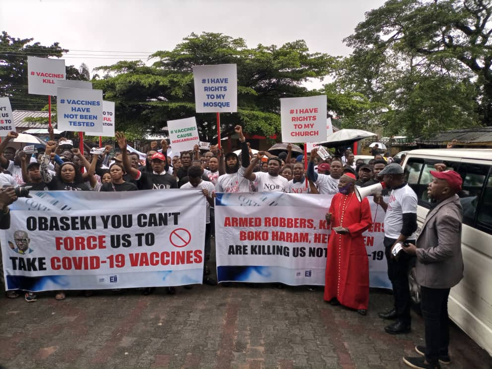Protesters shut down Edo over compulsory covid 19 vaccination
