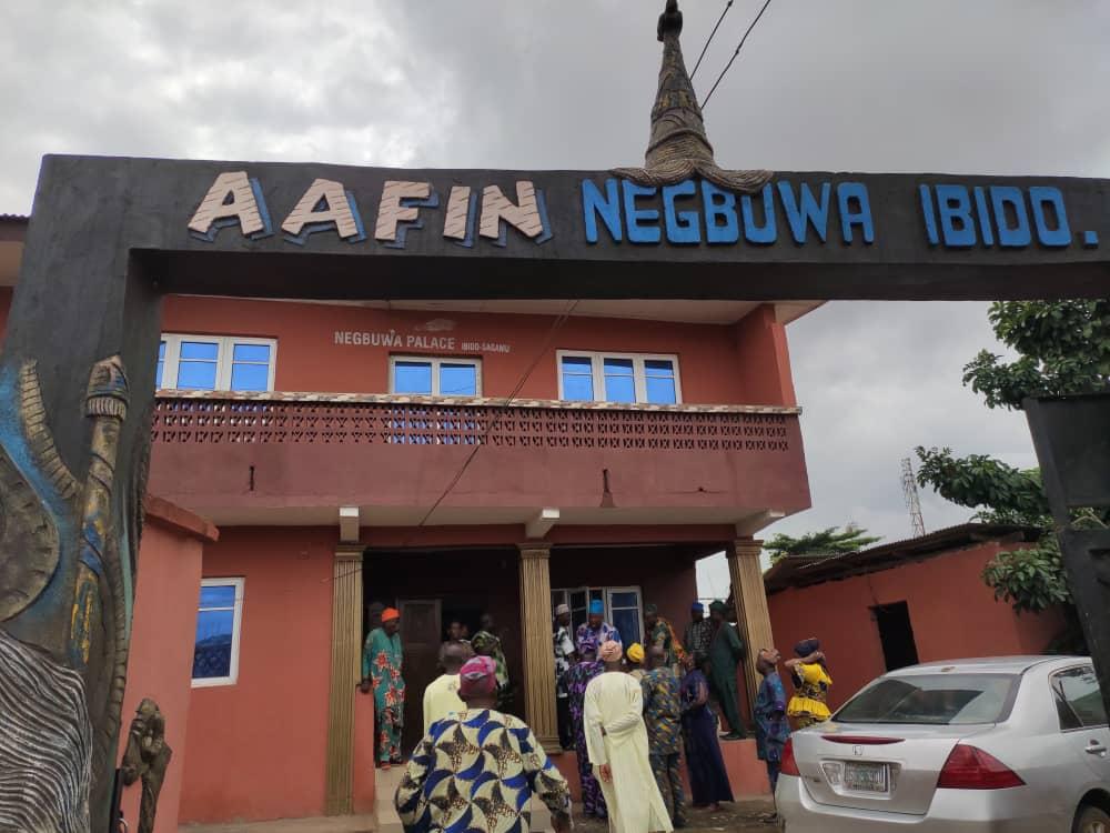 Community Ejects Impostor, Kola Adeyemi From Ibido In Ogun