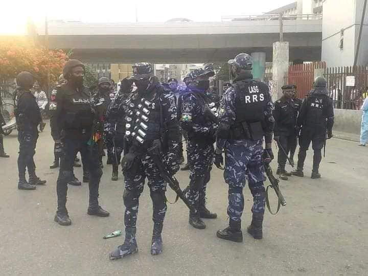 Security Operatives Take Over Lekki Tollgate Ahead Of #EndSARS Memorial Protest