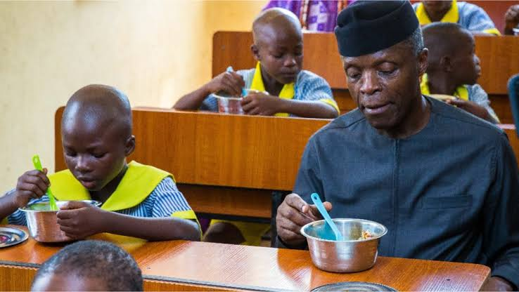 Cross River: We Feed 70 Pupils With 2 Loaves Of Bread, One Fowl, Per Term - Vendors
